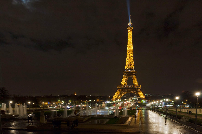 Cote du rhone la ferm du mont premier cote 2012 for Parigi champ elisee